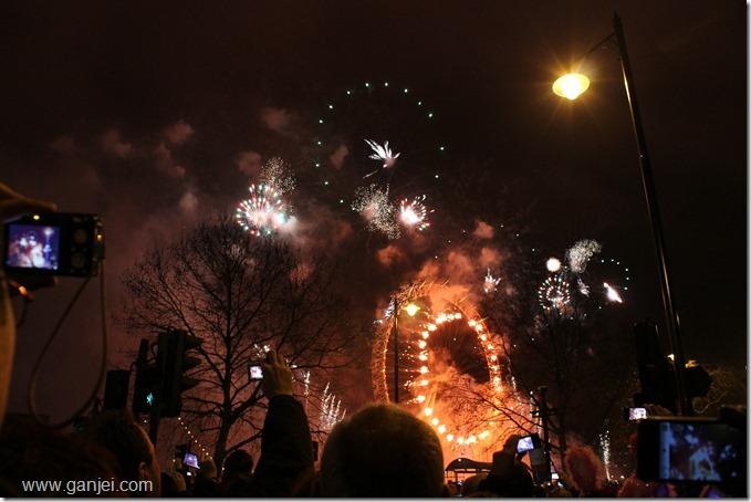 آتش بازی سال نو در لندن